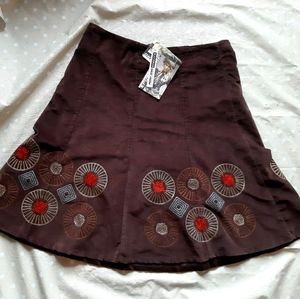 🎁 NWT Point zero corduroy Boho skirt embroidery